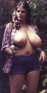 Vintage-women-fishing-p70awipkws.jpg